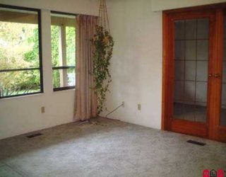 """Photo 2: 9302 132 ST in Surrey: Queen Mary Park Surrey House for sale in """"Queen Mary Park"""" : MLS®# F2522371"""