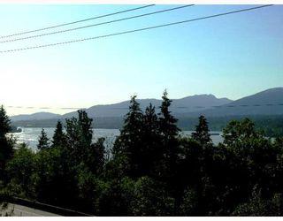 Photo 4: 7374 BARNET Road in Burnaby: Westridge BN House for sale (Burnaby North)  : MLS®# V803936