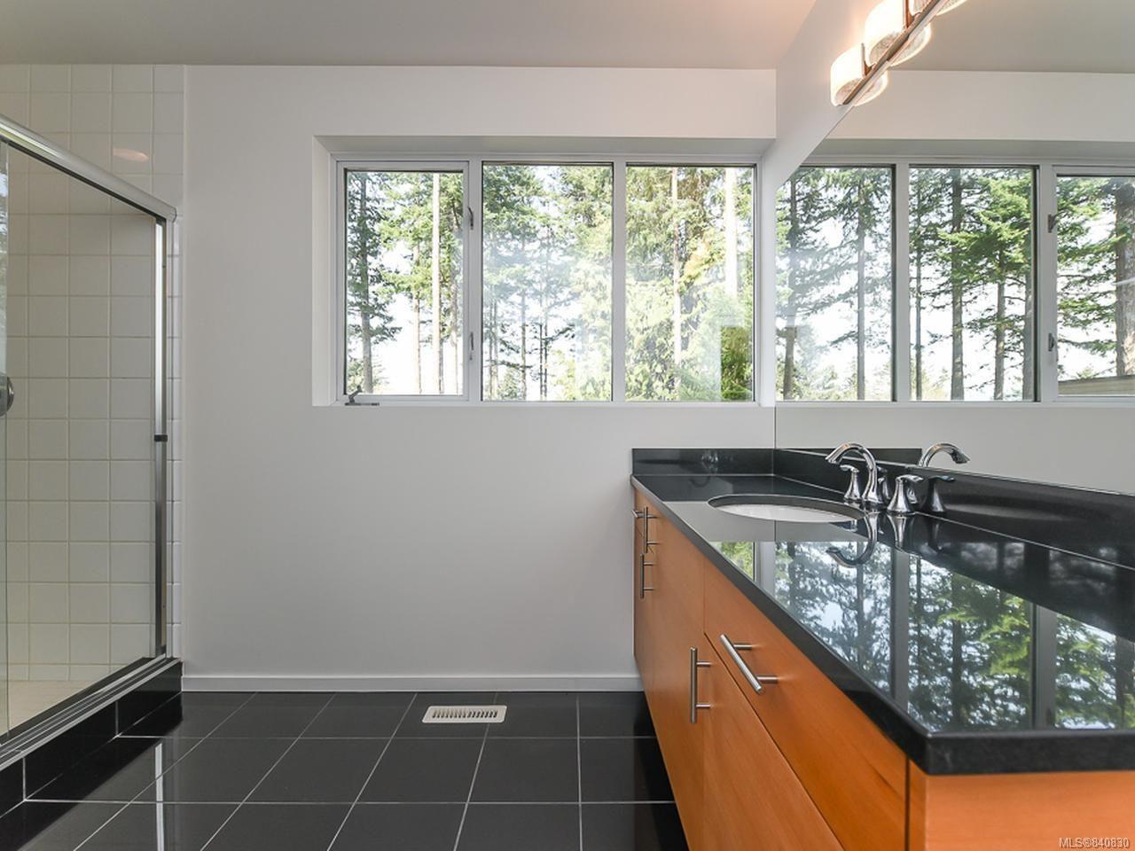 Photo 35: Photos: 1156 Moore Rd in COMOX: CV Comox Peninsula House for sale (Comox Valley)  : MLS®# 840830