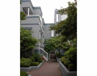 """Photo 1: 16 877 W 7TH AV in Vancouver: Fairview VW Townhouse for sale in """"EMERALD COURT"""" (Vancouver West)  : MLS®# V547868"""