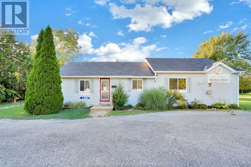FEATURED LISTING: 1788 CONCESSION Drive Newbury