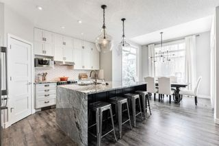 Photo 15: 53 Crestmont Drive SW in Calgary: Crestmont Detached for sale : MLS®# A1118575