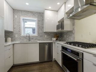 Photo 16: 2433 W 6TH Avenue in Vancouver: Kitsilano Townhouse for sale (Vancouver West)  : MLS®# R2477689