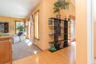 Photo 5: 475 Kinver St in : Es Saxe Point House for sale (Esquimalt)  : MLS®# 882740