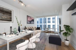 """Photo 9: 2804 1111 ALBERNI Street in Vancouver: West End VW Condo for sale in """"SHANGRI-LA"""" (Vancouver West)  : MLS®# R2514908"""