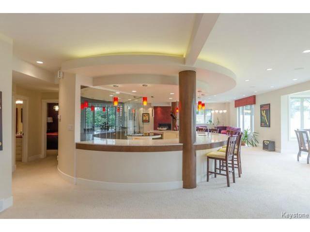 Photo 14: Photos: 4545 Roblin Boulevard in WINNIPEG: Charleswood Residential for sale (South Winnipeg)  : MLS®# 1510661