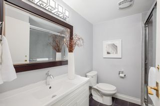 """Photo 11: 7 1870 YEW Street in Vancouver: Kitsilano Townhouse for sale in """"NEWPORT MEWS"""" (Vancouver West)  : MLS®# R2592619"""