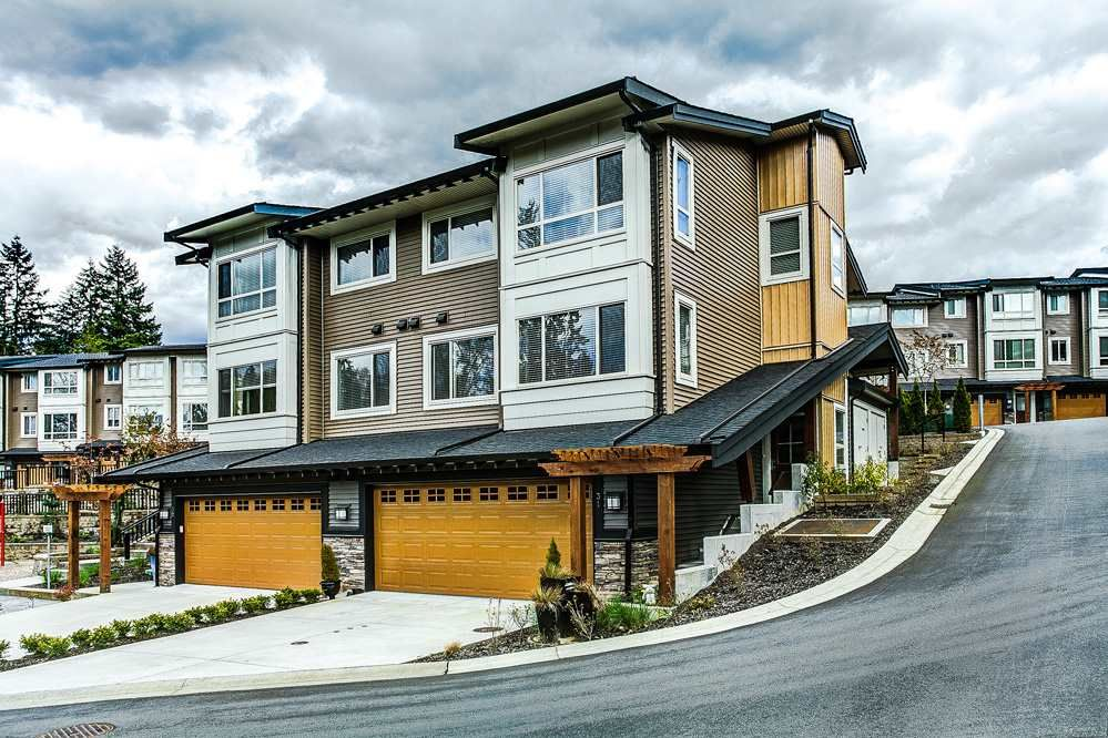 """Main Photo: 31 23986 104 Avenue in Maple Ridge: Albion Townhouse for sale in """"SPENCER BROOK ESTATES"""" : MLS®# R2162286"""