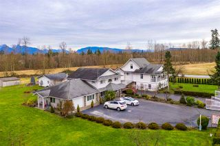 Photo 1: 21479 96 Avenue in Langley: Walnut Grove House for sale : MLS®# R2530789