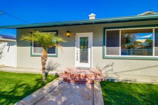 Photo 2: SAN DIEGO House for sale : 3 bedrooms : 8170 Whelan Dr