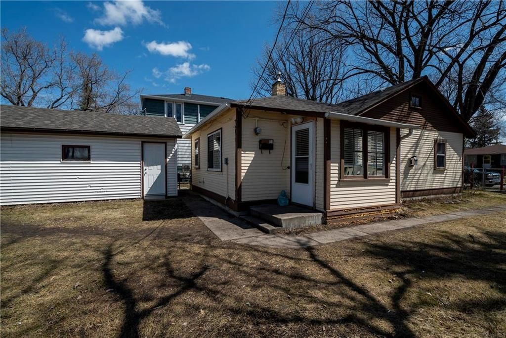 Photo 19: Photos: 711 Rosedale Avenue in Winnipeg: Lord Roberts Residential for sale (1Aw)  : MLS®# 202008672