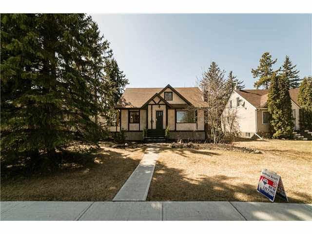 Main Photo: 6830 111 Street NW in Edmonton: Parkallan House for sale : MLS®# E3372144