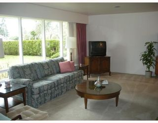 """Photo 4: 4010 SUNNYCREST Drive in North_Vancouver: Forest Hills NV House for sale in """"FOREST HILLS"""" (North Vancouver)  : MLS®# V758304"""