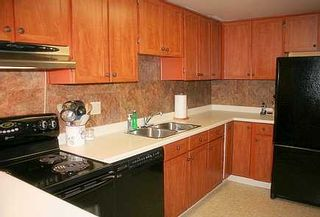 Photo 4: 31 20 Dean Park Rd in SCARBOROUGH: Condo for sale (E11: TORONTO)  : MLS®# E1109078