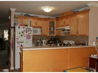 """Photo 4: 16 13909 102ND Avenue in Surrey: Whalley Townhouse for sale in """"CENTRAL CITY PLACE"""" (North Surrey)  : MLS®# F1303971"""