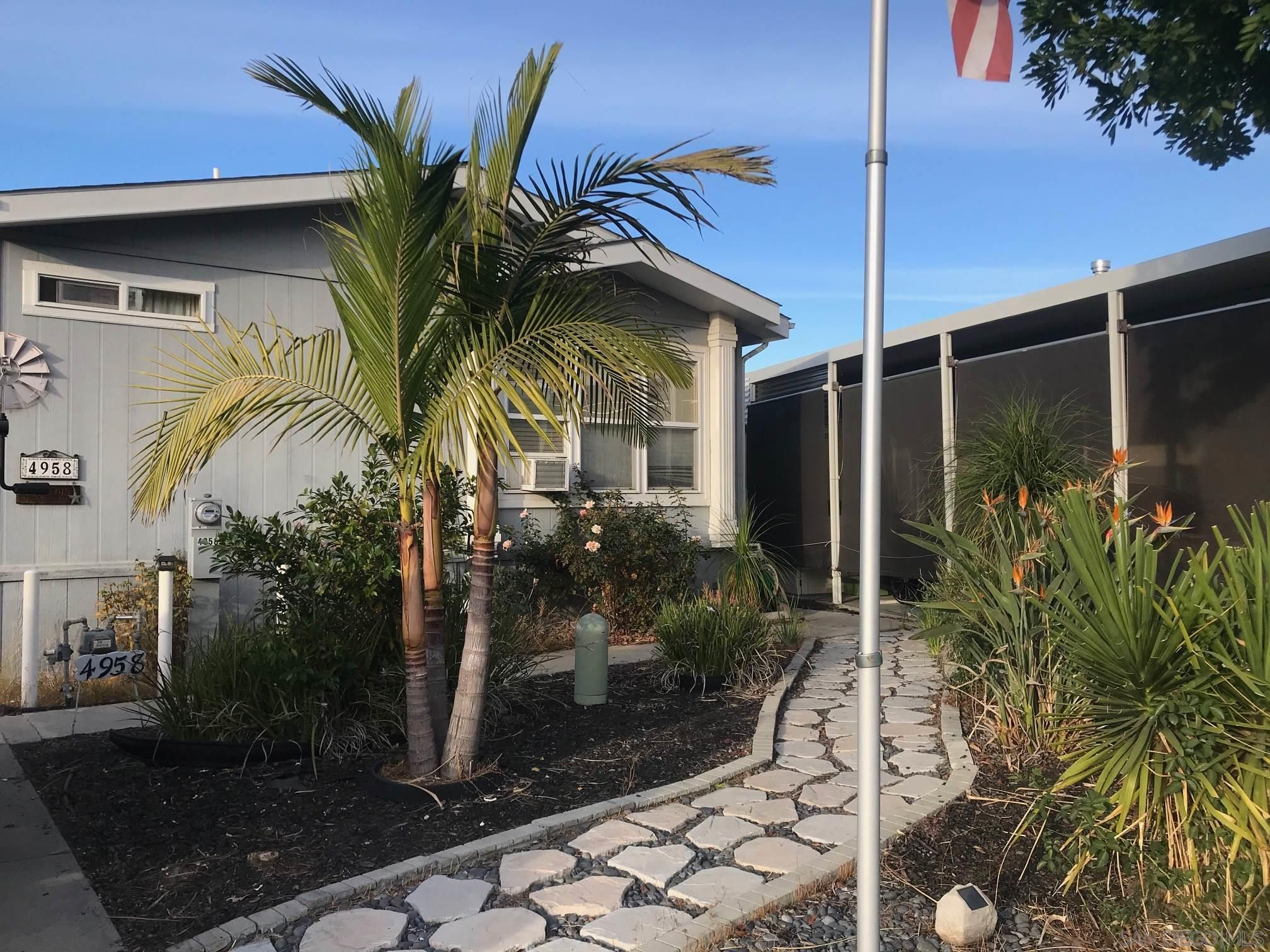 Main Photo: SAN DIEGO Manufactured Home for sale : 3 bedrooms : 4958 Old Cliffs Rd #4958
