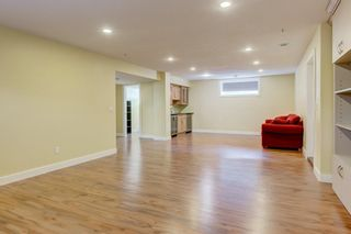 Photo 32: 2 WEST CEDAR Place SW in Calgary: West Springs Detached for sale : MLS®# C4286734