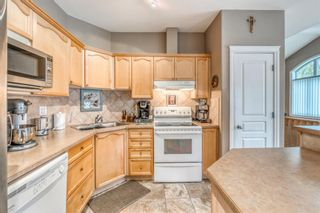Photo 8: 252 Simcoe Place SW in Calgary: Signal Hill Semi Detached for sale : MLS®# A1131630