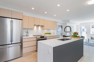 """Main Photo: 6 748 E 3RD Street in North Vancouver: Queensbury Townhouse for sale in """"Third Street"""" : MLS®# R2626615"""
