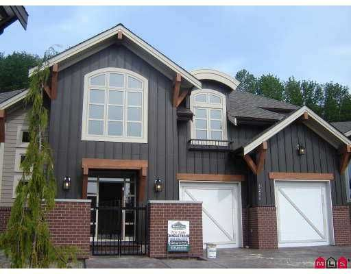 """Main Photo: 3256 BOXWOOD Court in Abbotsford: Abbotsford East House for sale in """"HIGHLANDS"""" : MLS®# F2712636"""