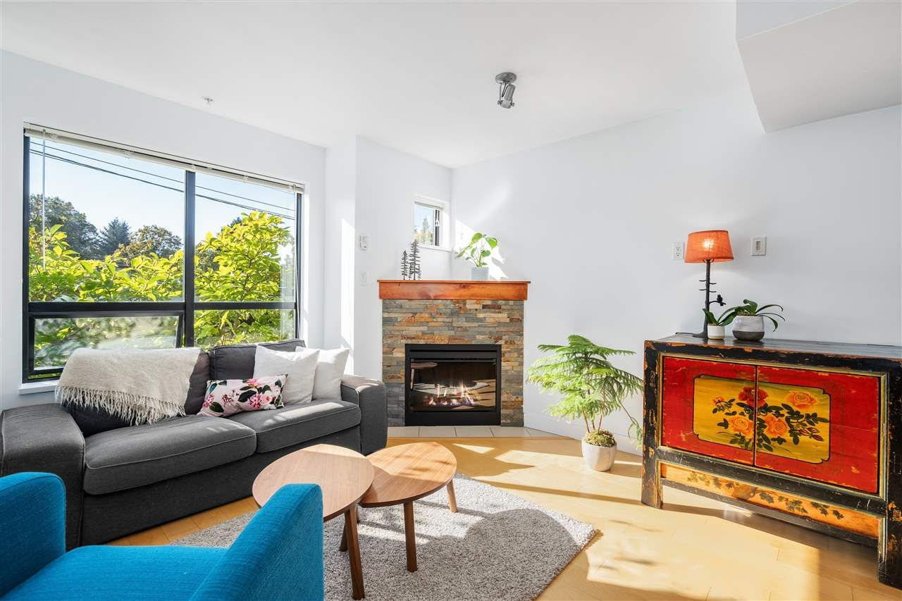"""Photo 4: Photos: 104 1855 STAINSBURY Avenue in Vancouver: Victoria VE Townhouse for sale in """"The Works"""" (Vancouver East)  : MLS®# R2494978"""