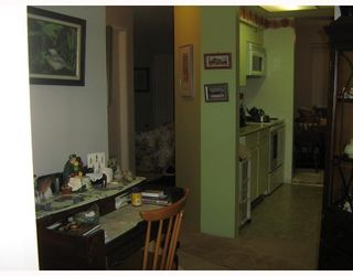 """Photo 6: 110 1177 HOWIE Avenue in Coquitlam: Central Coquitlam Condo for sale in """"BLUE MOUNTAIN PLACE"""" : MLS®# V746370"""