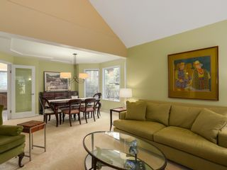 Photo 2: 13258 19A Avenue in South Surrey B.C.: Home for sale : MLS®# R2035993