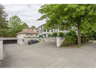Photo 2: 208 5955 177B STREET in Surrey: Cloverdale BC Condo for sale (Cloverdale)  : MLS®# R2271512