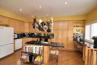 Photo 5: 32 Angus Meadow Drive in Markham: House (3-Storey) for sale (N11: LOCUST HIL)  : MLS®# N1839835