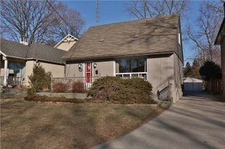 Photo 1: 568 Horner Avenue in Toronto: Alderwood House (1 1/2 Storey) for sale (Toronto W06)  : MLS®# W3422459