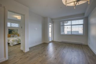 """Photo 6: 207 20673 78 Avenue in Langley: Willoughby Heights Condo for sale in """"Grayson"""" : MLS®# R2530070"""