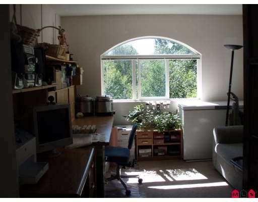 "Photo 8: Photos: 406 13939 LAUREL DR in Surrey: Whalley Condo for sale in ""KING GEORGE MANOR"" (North Surrey)  : MLS®# F2616457"