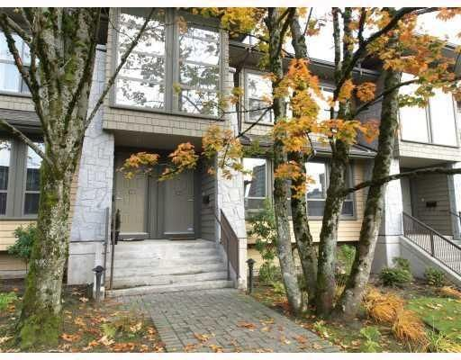Main Photo: 1658 St. Georges Avenue in North Vancouver: Central Lonsdale Townhouse for sale : MLS®# V794083