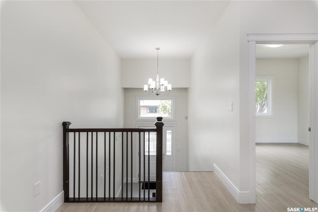 Main Photo: 826 K Avenue North in Saskatoon: Westmount Residential for sale : MLS®# SK844434
