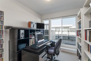"""Photo 32: 403 26 E ROYAL Avenue in New Westminster: Fraserview NW Condo for sale in """"The Royal"""" : MLS®# R2517695"""