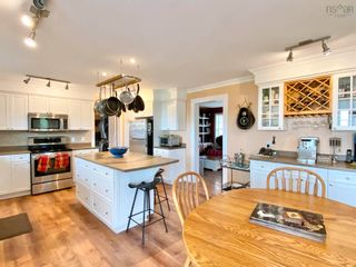 Photo 11: 697 Belmont Road in Belmont: 403-Hants County Residential for sale (Annapolis Valley)  : MLS®# 202120785