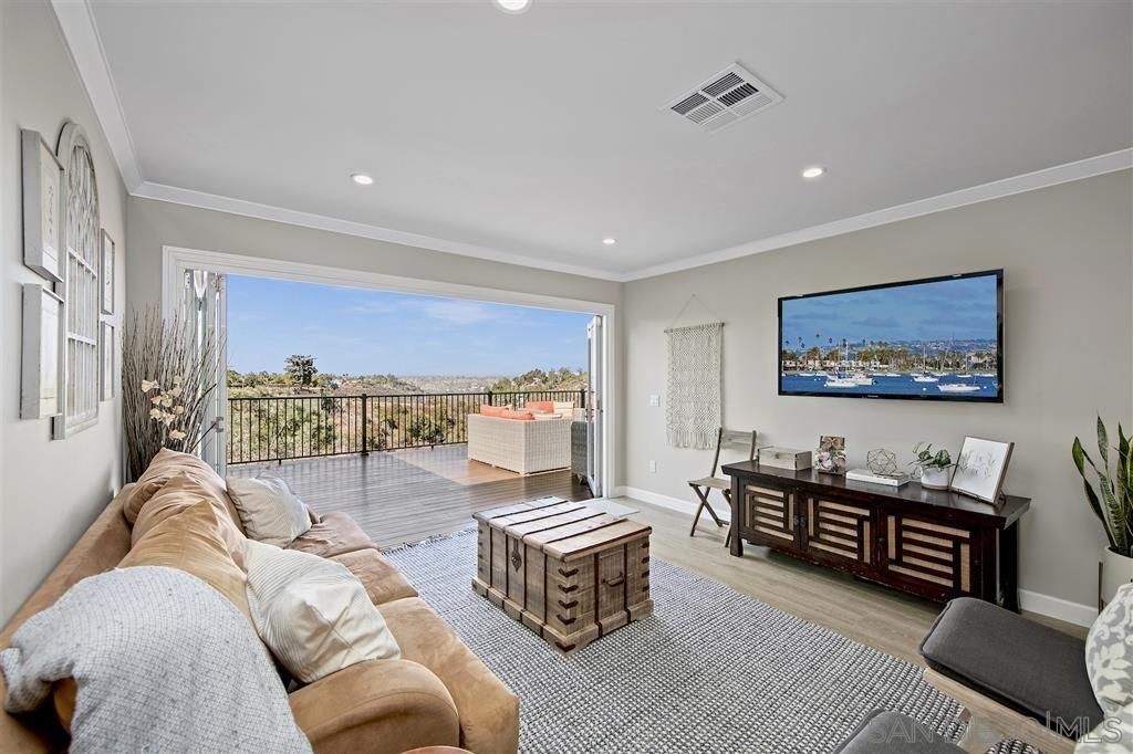 Main Photo: TALMADGE House for sale : 4 bedrooms : 4882 Lucille Place in San Diego
