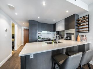 """Photo 3: 1202 288 W 1ST Avenue in Vancouver: False Creek Condo for sale in """"The James"""" (Vancouver West)  : MLS®# R2589567"""