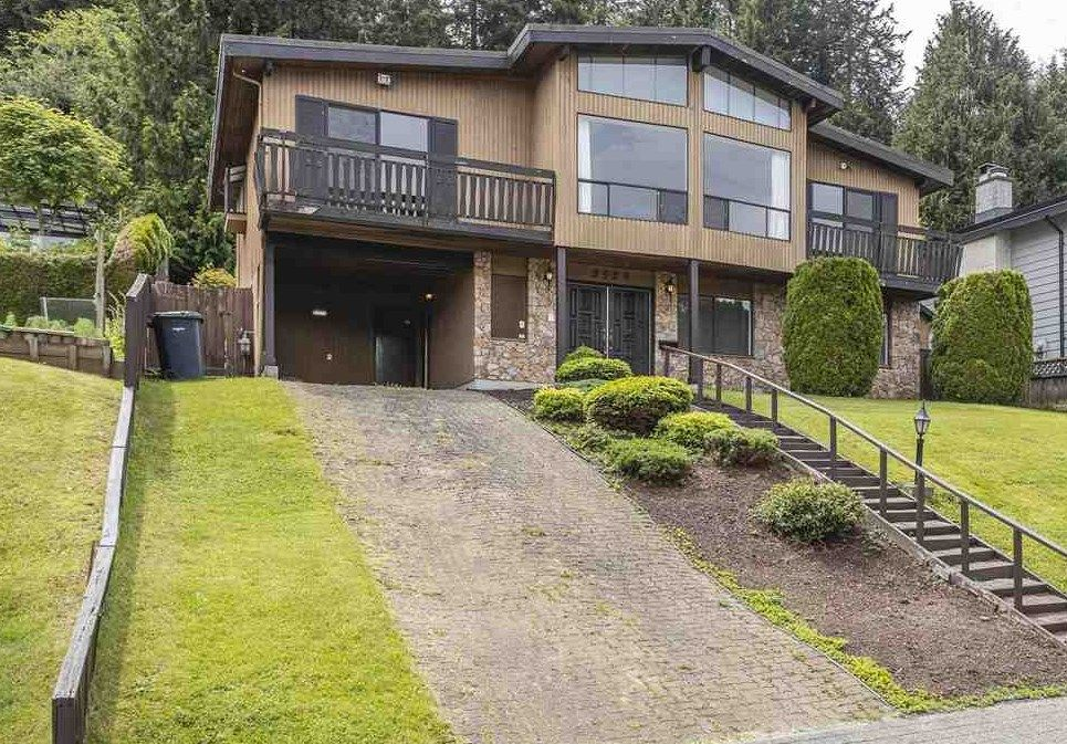 Main Photo: 2529 CABLE Court in Coquitlam: Ranch Park House for sale : MLS®# R2588552