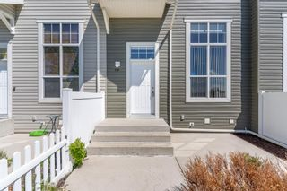Photo 3: 119 Toscana Gardens NW in Calgary: Tuscany Row/Townhouse for sale : MLS®# A1121039