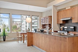 """Photo 12: 407 5955 IONA Drive in Vancouver: University VW Condo for sale in """"FOLIO"""" (Vancouver West)  : MLS®# R2433134"""
