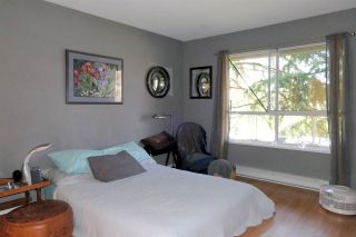 """Photo 10: 108 5556 201A Street in Langley: Langley City Condo for sale in """"Michaud Gardens"""" : MLS®# R2450874"""
