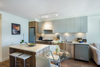 """Photo 7: 503 258 NELSON'S Court in New Westminster: Sapperton Condo for sale in """"THE COLUMBIA"""" : MLS®# R2611944"""