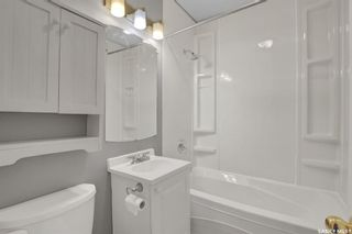 Photo 11: 1357 Aberdeen Street in Regina: Rosemont Residential for sale : MLS®# SK874099