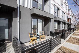 Photo 4: 3529 69 Street NW in Calgary: Bowness Row/Townhouse for sale : MLS®# A1090190