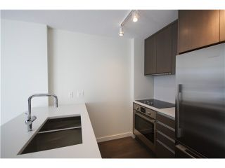 Photo 3: 806 1009 HARWOOD Street in Vancouver: West End VW Condo for sale (Vancouver West)  : MLS®# V1094070