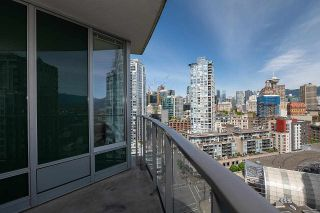"""Photo 12: 2207 58 KEEFER Place in Vancouver: Downtown VW Condo for sale in """"Firenze"""" (Vancouver West)  : MLS®# R2581029"""