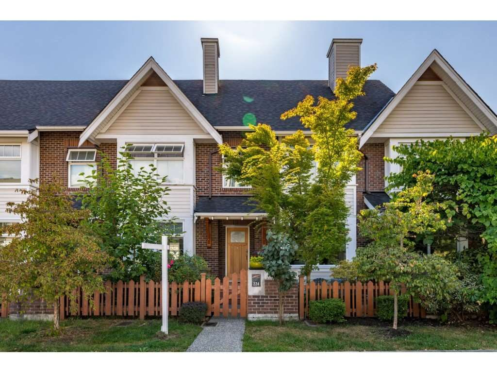 Main Photo: 224 BROOKES Street in New Westminster: Queensborough Condo for sale : MLS®# R2486409