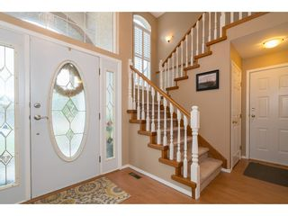 Photo 3: 35704 TIMBERLANE Drive in Abbotsford: Abbotsford East House for sale : MLS®# R2148897