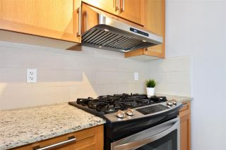 """Photo 6: 802 7088 SALISBURY Avenue in Burnaby: Highgate Condo for sale in """"The West By BOSA"""" (Burnaby South)  : MLS®# R2265226"""
